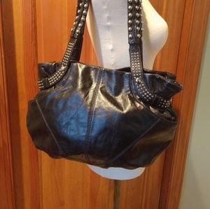 Beautiful B Makowsky Leather Purse